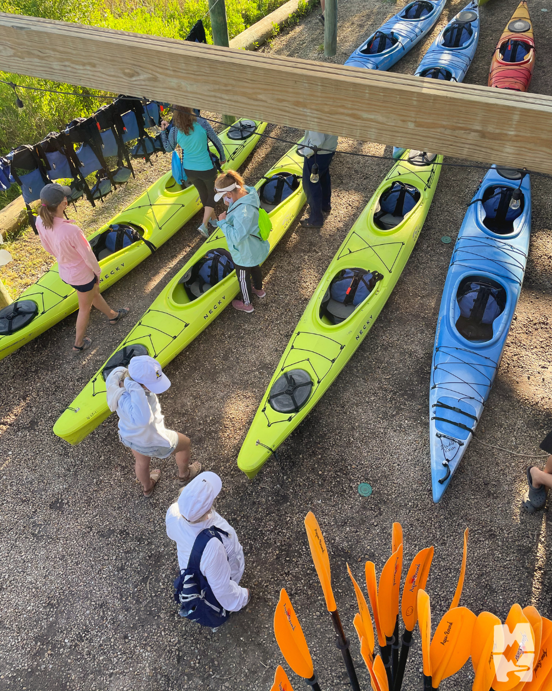 guests prepping to go kayaking